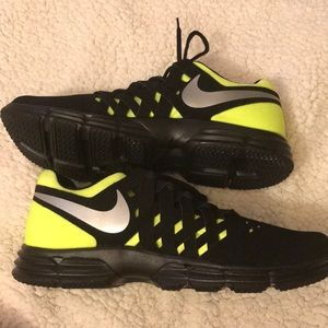 NIB Nike Lunar Fingertrap TR Men's Shoes